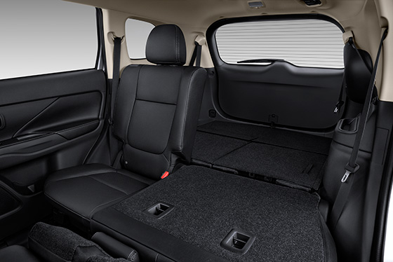 2014 Outlander 60/40 rear split 2nd row seats