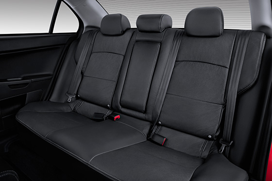 2014 Lancer Sportback 60/40 rear split seats