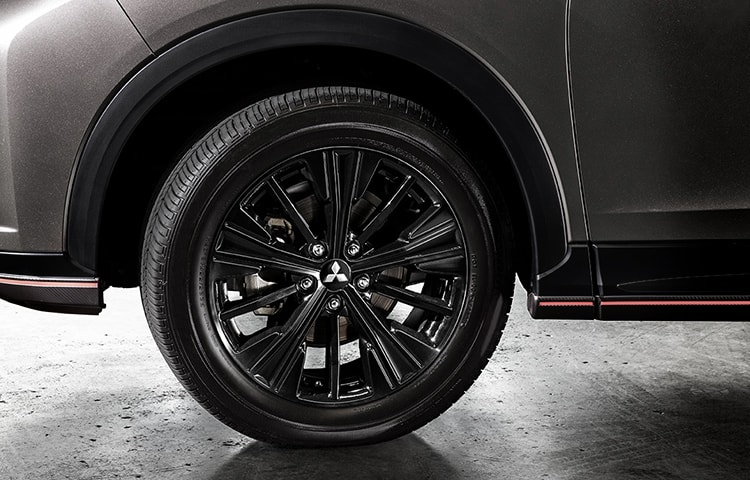 Stun at every corner with exclusive 18 inch black alloy wheels.
