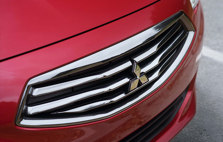 2018 Mitsubishi Mirage G4 grill hood and fascia