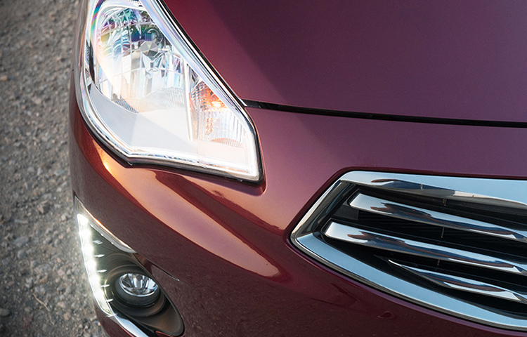A close up image of the headlights found on the 2019 Mitsubishi Mirage G4.