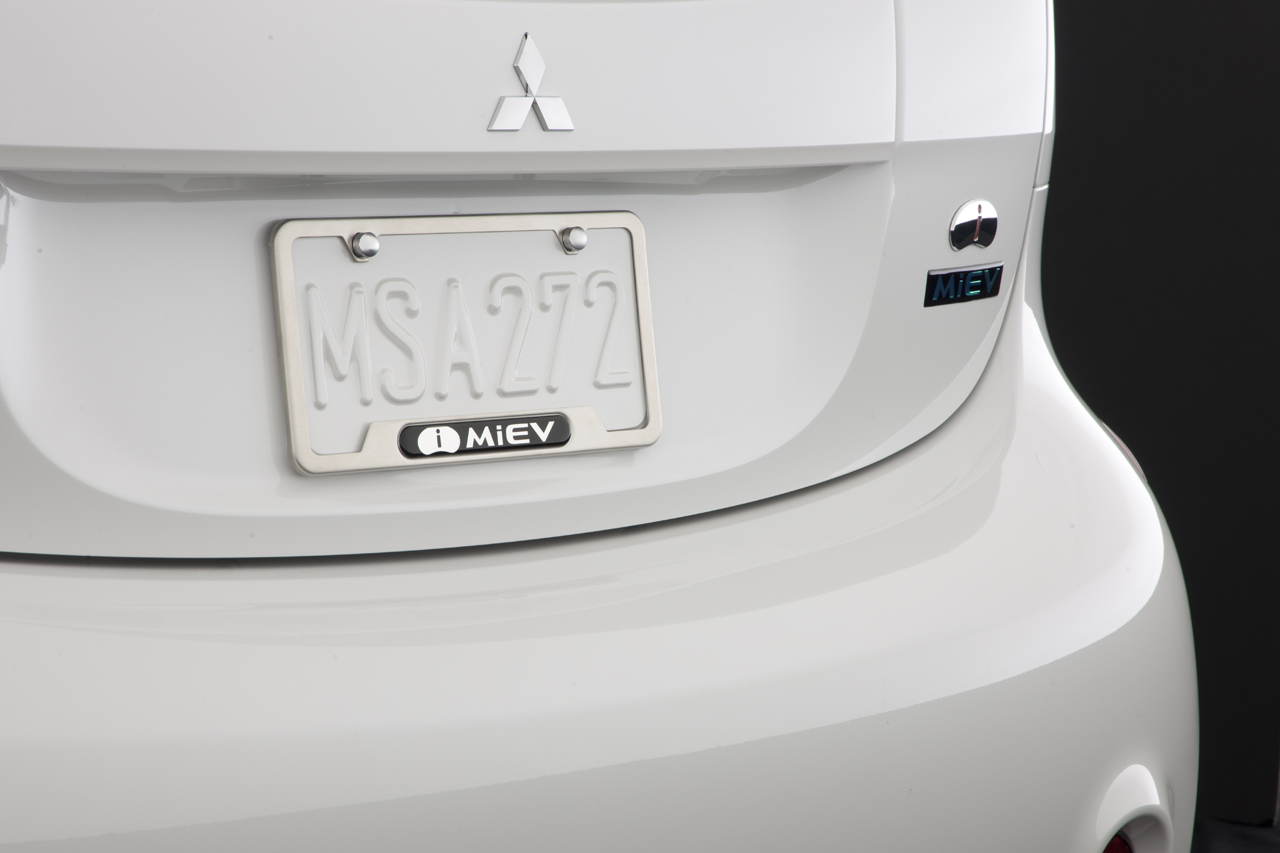 2017 mitsubishi iMiEV license plate frame accessories