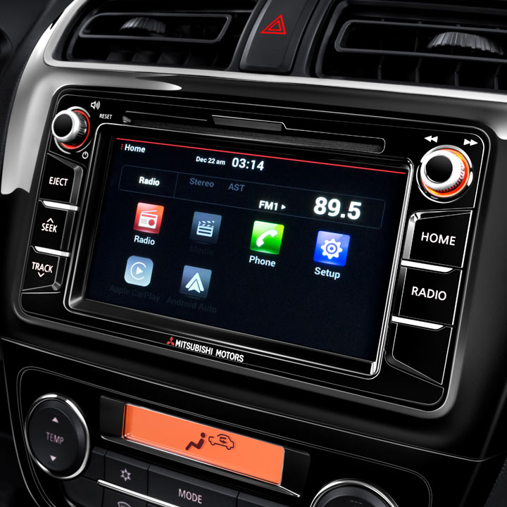 2018 Mitsubishi Mirage technology touchscreen display