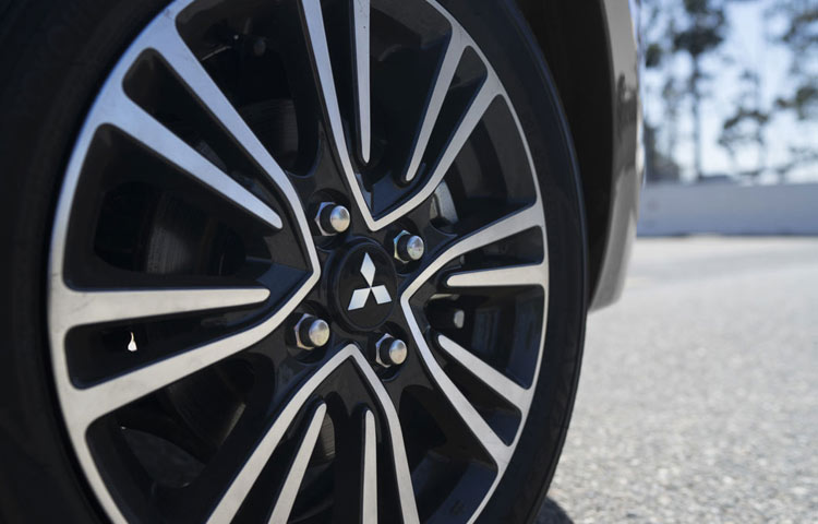 2018 Mitsubishi Mirage wheel