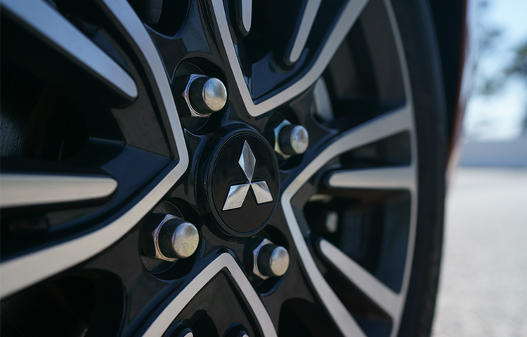 Turn heads with stylish 15 inch two tone alloy wheels available on the new Mitsubishi Mirage GT.