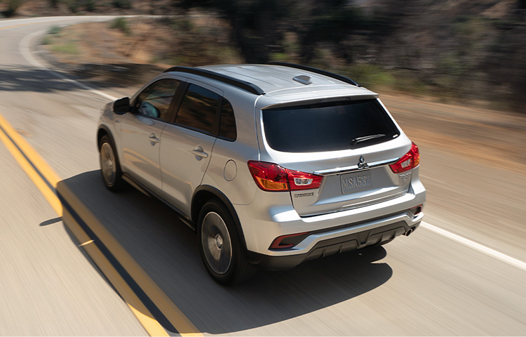 Seek out adventure with the 2019 Outlander Sport crossover and its 2.0L MIVEC DOHC 16 valve 4 cylinder engine.