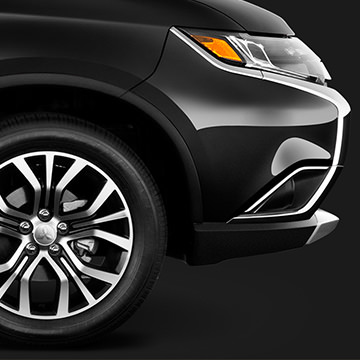 2016 Mitsubishi Outlander wheel and front bumper in labrador black