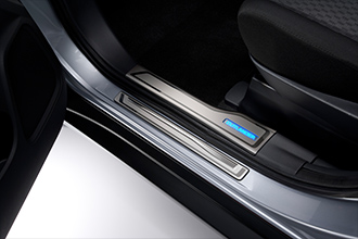 stainless steel scuff plate accessories 2017 Mitsubishi Outlander