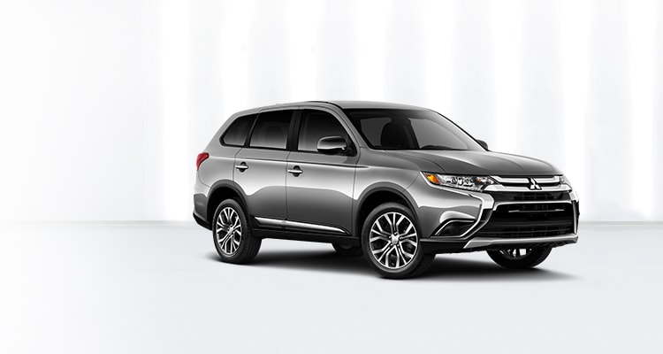 2018 Mitsubishi Outlander front grille and bumper