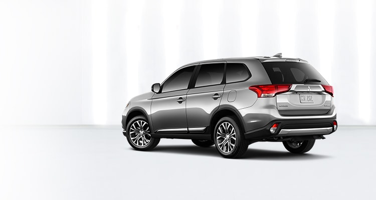 Rear Bumper on 2018 Mitsubishi Outlander Exterior