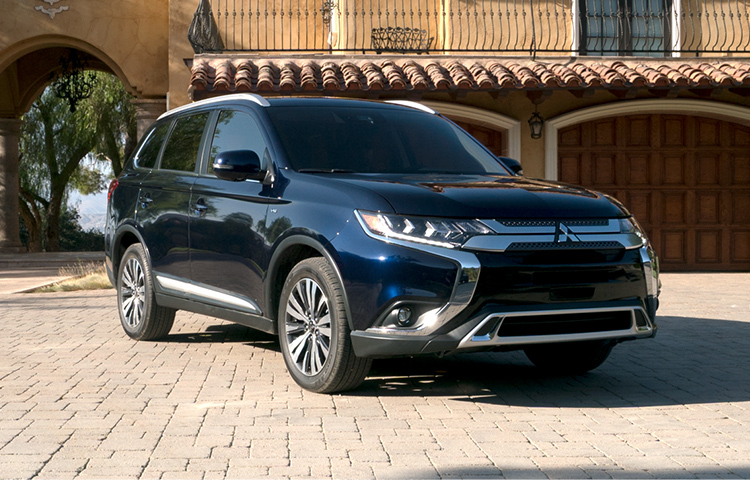 explore the fully loaded 2019 mitsubishi outlander crossover