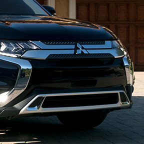 Close up of the front grill on the 2019 Mitsubishi Outlander SUV.
