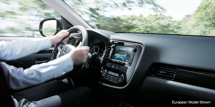 Outlander PHEV's eco driving screens keep you informed on charge, fuel consumption and more.