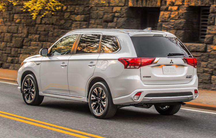 The all-new Mitsubishi Outlander PHEV features just as much style as it does capability and advanced technology.