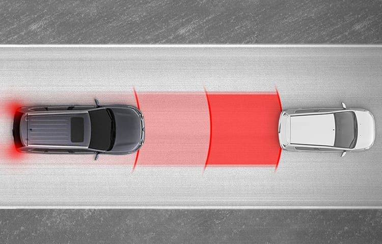 Animation of Mitsubishi's Forward Collision Mitigation safety feature
