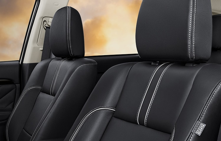 Enjoy a quiet, comfortable driving experience and standard premium leather seating.
