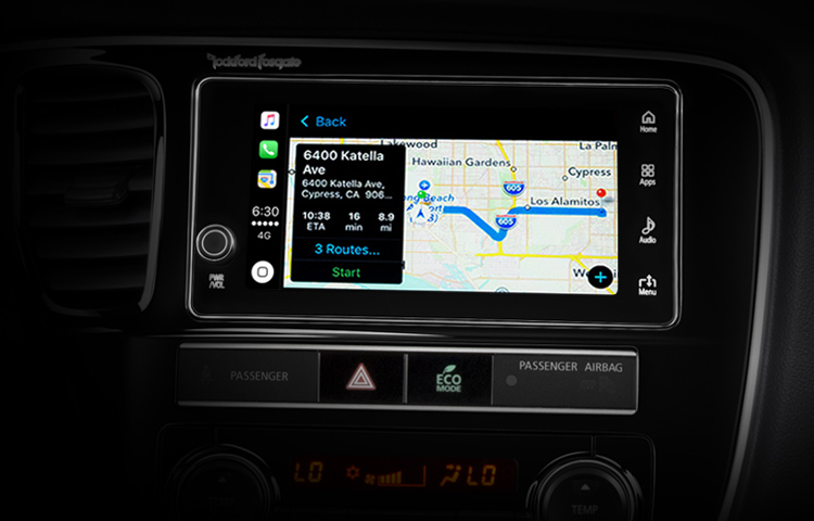 2019 Mitsubishi Outlander PHEV Features Technology Touchscreen Apple CarPlay Maps